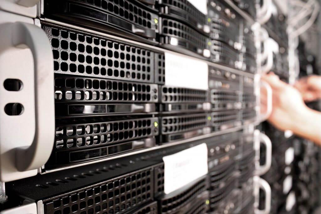 Advantage of Servers